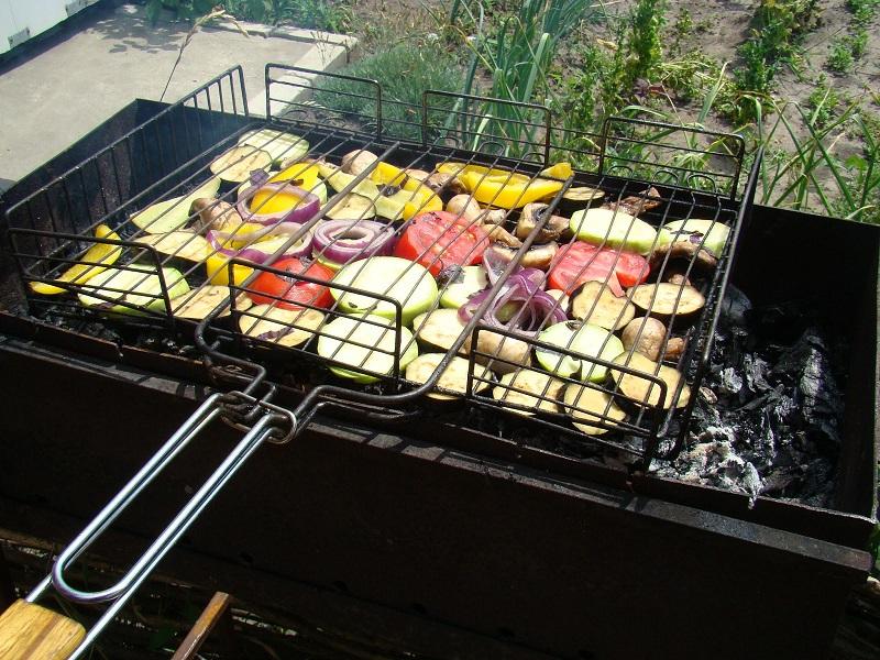 Как сделать овощи на гриле на костре 847